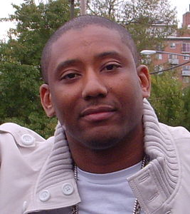 Maino at Howard's Yardfest cropped.jpg