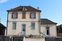Mairie St Nizier Arroux 8.jpg
