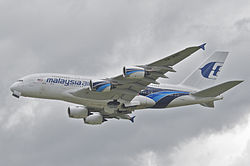 Malaysia Airlines Airbus A380-841; 9M-MNE@LHR;13.05.2013 708bu (8738120436).jpg