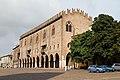 Mantova, Palazzo del Capitano, primo nucleo del Palazzo Ducale. - panoramio.jpg
