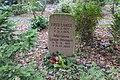 Marianne Lange-Weinert - Waldfriedhof Kleinmachnow - Mutter Erde fec.JPG