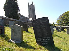 Mary Norton's final resting place.JPG