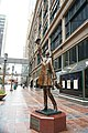 Mary Tyler Moore Statue, Downtown Minneapolis (9137590667).jpg