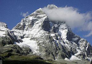 Matterhorn from Cervinia.jpg