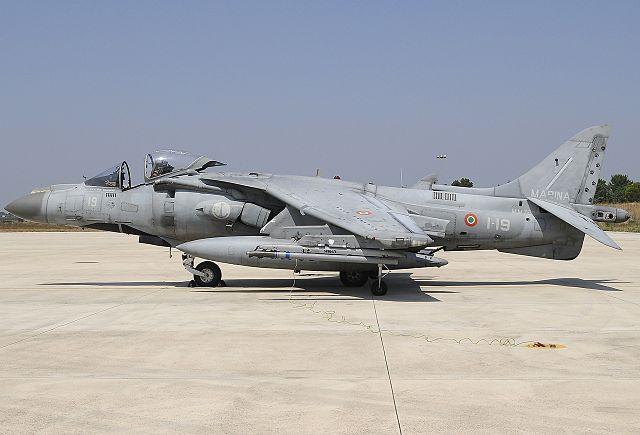 640px-McDonnell_Douglas_AV-8B_Harrier_II%2C_Italy_-_Navy_JP6657856.jpg