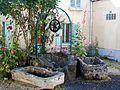 Meaux (77), puits et deux auges XIXe s., rue de la croix St-Nicolas.jpg