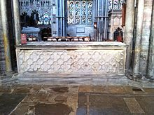 Memorial to Bishop John Barnet in Ely Cathedral.JPG