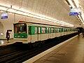 Metro de Paris - Ligne 12 - Saint-Lazare 03.jpg