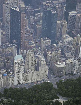 Metropolitan Tower (Manhattan) - The Metropolitan and Carnegie Hall Towers, upper-left corner