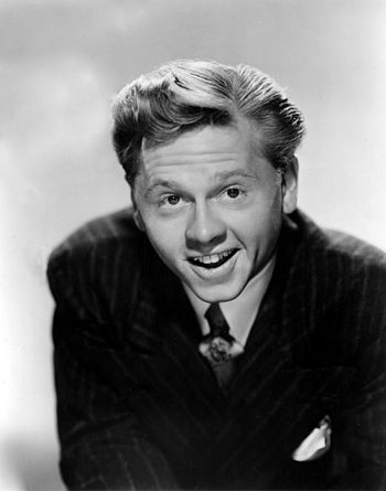 English: Studio publicity portrait of Mickey R...