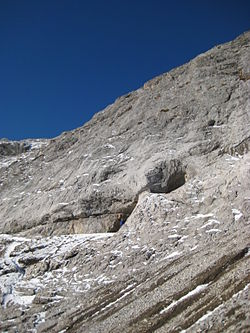 Middle entrance of the Gargantua cave (British Columbia - September 2010).jpg