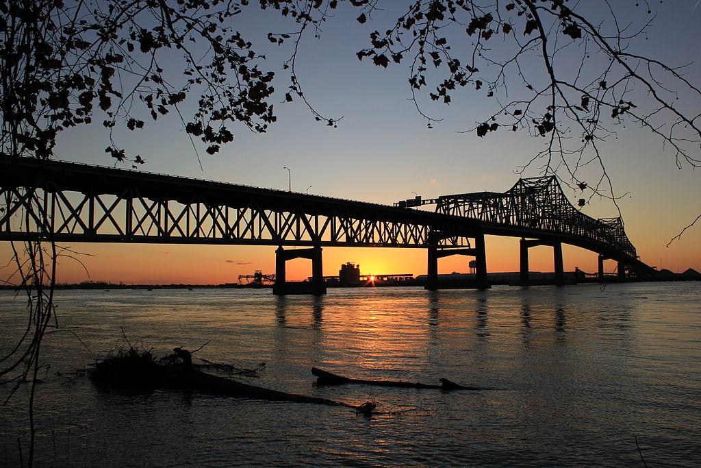 File:Mississippi River Bridge At Baton Rouge, Louisiana At