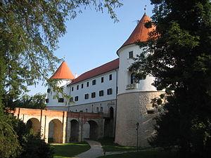 Mokrice Castle