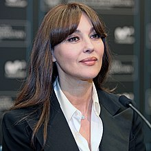 Monica bellucci young photos