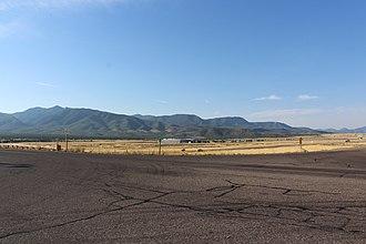 Pahvant Range - Image: Mountains to the southeast of F Illmore, Utah
