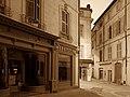 Nîmes - Rue des Marchands - 20190507 (1).jpg