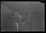 NIMH - 2011 - 0333 - Aerial photograph of Marken, The Netherlands - 1920 - 1940.jpg