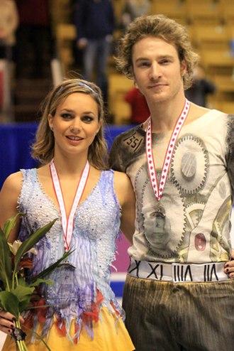 Nathalie Péchalat - Péchalat and Bourzat at 2009 Skate Canada
