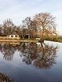 Nationaal Park Weerribben-Wieden. Bebouwing aan rand van de weerribben.jpg