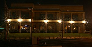 Tavares, Florida - Image: Night photo of ALS Restaurant on the water in the City of Tavares