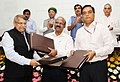 Nitin Gadkari witnessing the signing ceremony of the Concession Agreement for the Development of Sewage Treatment Plants under Hybrid Annuity based PPP mode, in New Delhi (1).jpg
