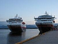 Nordkapp og Polarlys møtes i Molde.