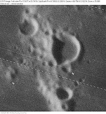斯图尔特陨石坑