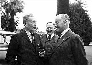 Willoughby Norrie, 1st Baron Norrie - Norrie (right) with Prime Minister Ben Chifley (left) and Premier of South Australia Tom Playford (centre)