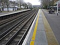 Northbound platform Kew Gardens Station - geograph.org.uk - 1176243.jpg