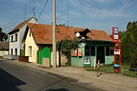 Nový Vestec, bus stop.jpg