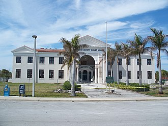 Okeechobee County Courthouse - Okeechobee County Courthouse, 2010, during renovations.
