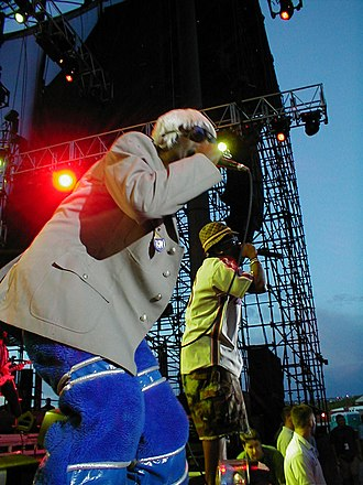 Outkast - Outkast performing in 2001