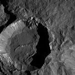 PIA20944-Ceres-DwarfPlanet-Dawn-4thMapOrbit-LAMO-image182-20160602.jpg