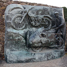 Paco Bulto monument in Catalonia Circuit.jpg