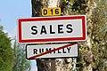 Panneaux sortie Rumilly entrée Sales Haute Savoie 1.jpg