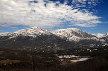 Panorama della Conca di Amatrice vista dal Lago di Scandarello