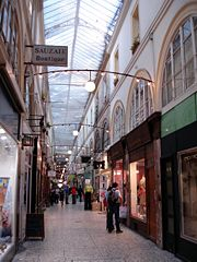 180px-Paris_-_Passage_de_Choiseul_04