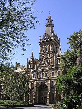 Ormond College, part of the University of Melbourne Parkville - University of Melbourne (Ormond College).jpg