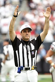 Pete Morelli American football official