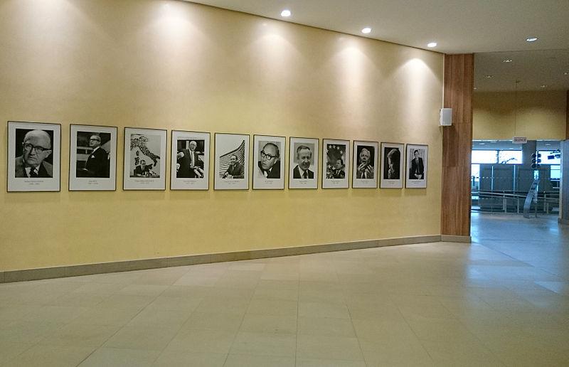 File:Photo des Commissaires - Berlaymont (Commission européenne).JPG