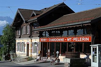 Vevey–Chardonne–Mont Pèlerin funicular railway - The lower station of the funicular
