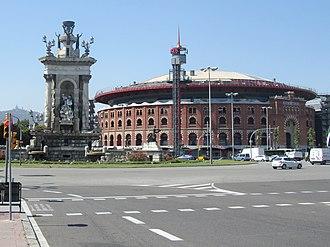 Plaça d'Espanya, Barcelona - Plaça d'Espanya with the Plaza de toros de las Arenas