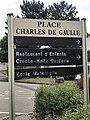 Place Charles-de-Gaulle à Saint-Maurice-de-Beynost - 4.JPG