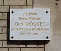 Plaque Guy Môquet rue Baron 02.jpg