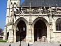 Poissy (78), collégiale Notre-Dame, porche des portails sud, côté sud.jpg