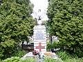 Pomnik na cmentarzu w Seroczynie.JPG