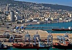 נמל חיפה, מבט ממזרח
