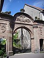 Portail des Saintignon (1).JPG