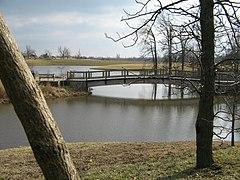 Powell Gardens bridge.jpg