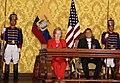 Presidente ecuatoriano, Rafael Correa recibe a la Secretaria de Estado de EUA, Hillary Clinton en Carondelet (4684958035).jpg